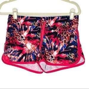 Oxide vibrant print elastic waistband shorts
